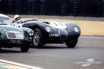 Le Mans Legend: MGA and Jaguar C Type