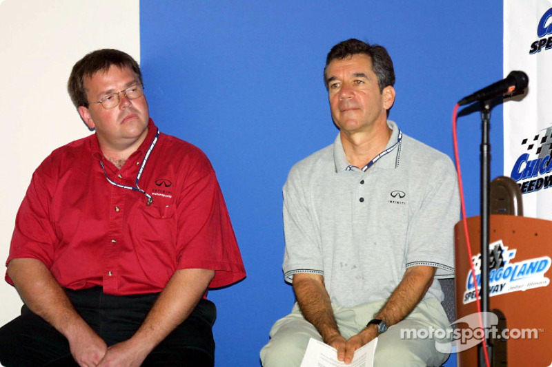 Charlie Bamber of Infiniti engine builder TWR Racing and Steve Kight, director of marketing for Infiniti and director of motorsports for Nissan North America