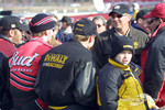 Pre-race ceremony: Dale Jarrett discussing with Dale Earnhardt Jr. and Matt Kenseth