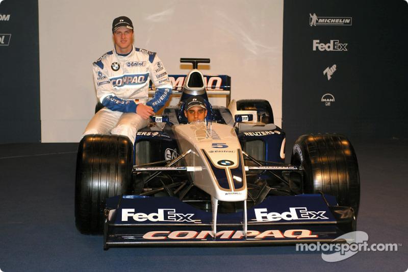 Ralf Schumacher and Juan Pablo Montoya with the new 2002 WilliamsF1 BMW FW24