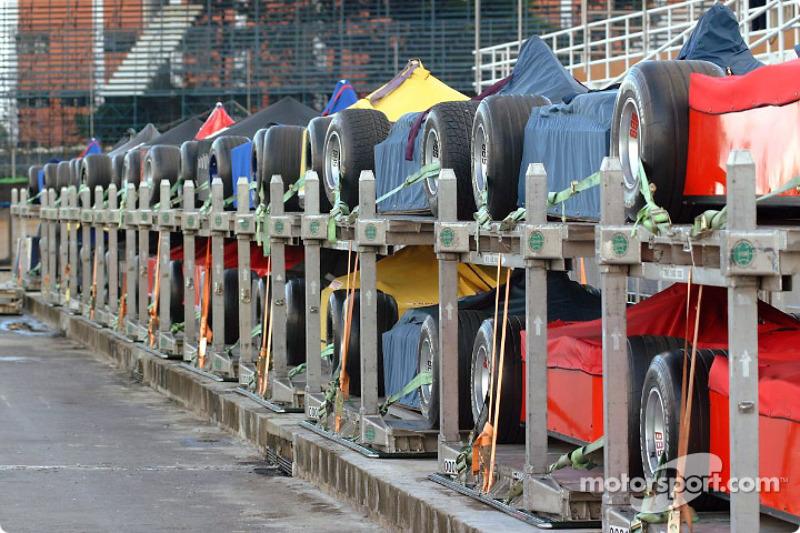 Formula 1 arriving at the track
