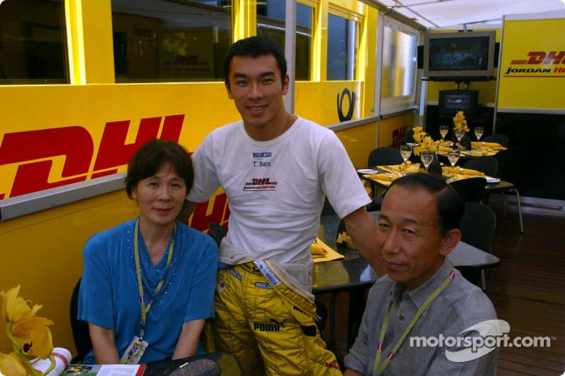 Takuma Sato and his parents
