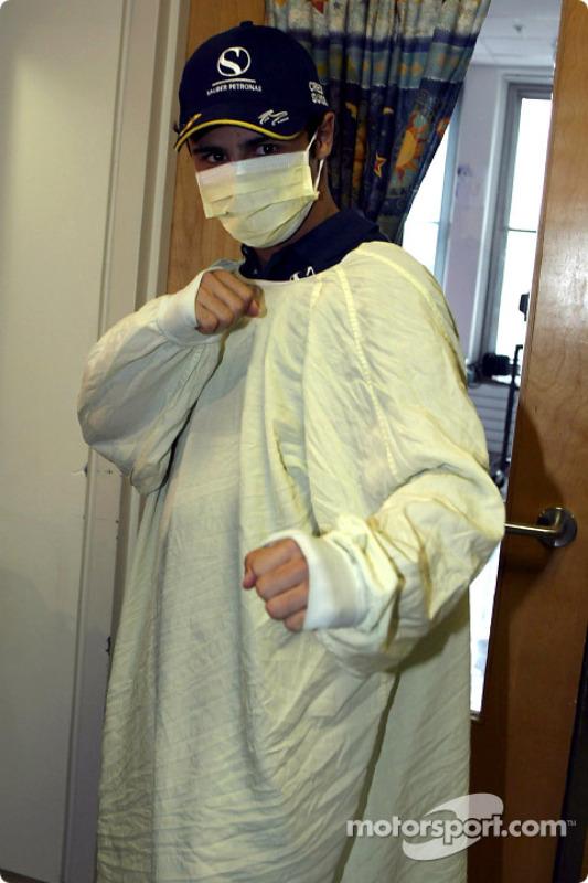 Visit of the Sainte-Justine Children hospital of Montreal: Felipe Massa