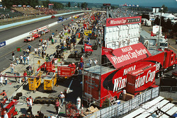 Busy pre race in the pits