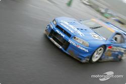 Nissan Skyline GT-R, Tetsuya Tanaka, Benoit Treluyer