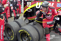 The tire wear looks normal from this set of tires…