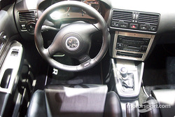 Inside the Volkswagen R32