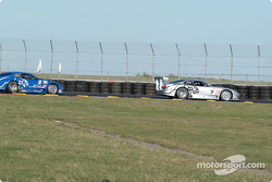 Scott Pruett leads Paul Gentilozzi