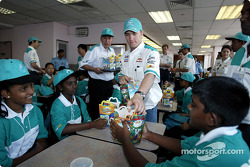 Visit at MRSM-PDRM school: Nick Heidfeld
