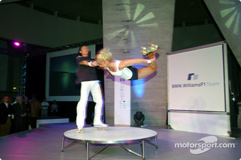BMW WilliamsF1 Fashion Show in Barcelona: on stage performane