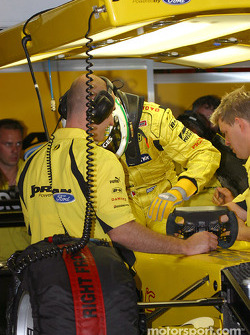 Giancarlo Fisichella gets ready