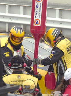 Matt Kenseth getting fueled