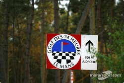 Le Mans trackside: tee-off at Mulsanne