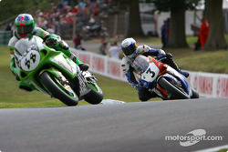 BSB Race2 - Smart fends of Emmett for 5th place