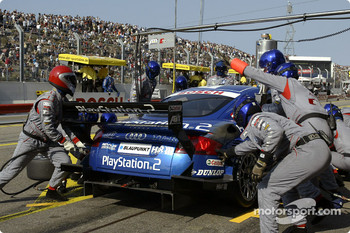 Pitstop for Karl Wendlinger