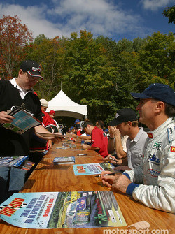 Drivers autograph session: Andy Pilgrim