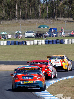 Russell Ingall pushes through the field