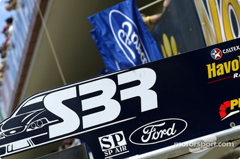 Ford SBR pit area