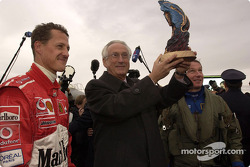 Michael Schumacher receives prize