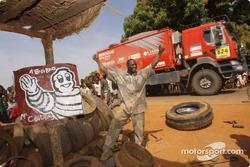 Nissan Motorsports assistance truck