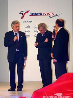 Gustav Brunner, Mike Gascoyne and Luca Marmorini