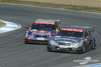 Mattias Ekström tries to pass Christijan Albers