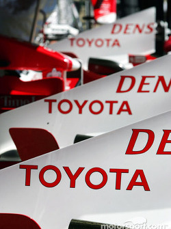Toyota engine covers