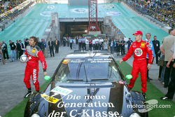 DTM vs football event in Berlin: Stefan Mücke and Heinz-Harald Frentzen enter football stadium