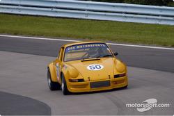 1073 Porsche 911 RSR