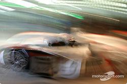 Pitstop for #5 Audi Sport Japan Team Goh Audi R8: Seiji Ara, Rinaldo Capello, Tom Kristensen