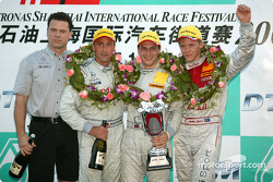 Podium: race winner Gary Paffett with Bernd Schneider, Mattias Ekström and AMG-Mercedes Dietmar Kamczyk