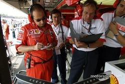 Luca Colajanni and a Bridgestone technician