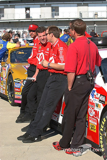 Teams Target waits for inspection