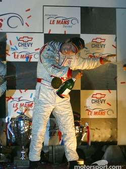 P1 podium: double champagne spray for Pierre Kaffer