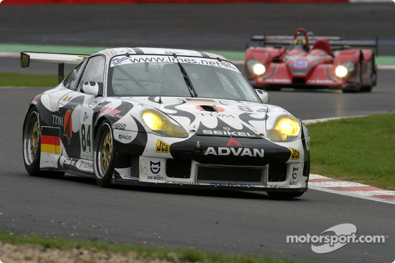 #84 Seikel Motorsport Porsche 911 GT3 RS: Tony Burgess, Philip Collin
