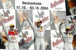 Podium: race winner Bernd Schneider with Martin Tomczyk and Gary Paffett