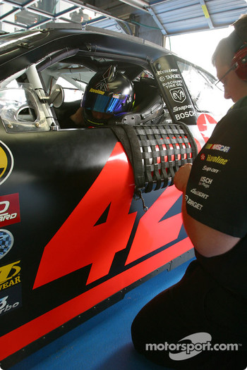 Jamie McMurray gets ready for practice