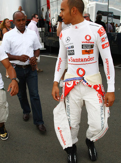 Anthony Hamilton, Father of Lewis Hamilton and Lewis Hamilton, McLaren Mercedes