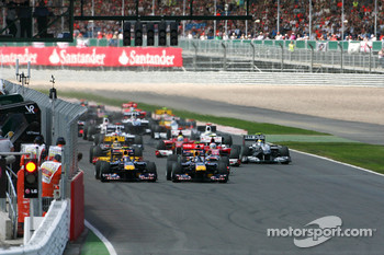 Start: Sebastian Vettel, Red Bull Racing and Mark Webber, Red Bull Racing