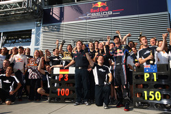 Sebastian Vettel, Red Bull Racing and Mark Webber, Red Bull Racing celebrate