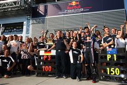 Sebastian Vettel, Red Bull Racing and Mark Webber, Red Bull Racing celebrate