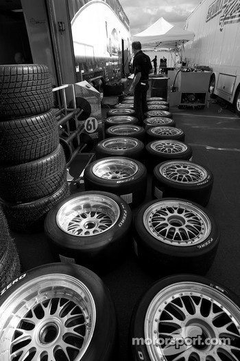 Tires and wheels preparation