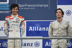 Podium: race winner Sergio Perez, third place Alvaro Parente