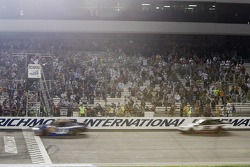 Kevin Harvick takes the checkered flag