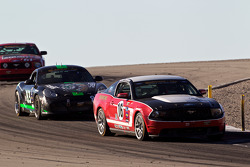 #16 Multimatic Motorsports Mustang Boss 302R: Gunnar Jeannette, Frankie Montecalvo