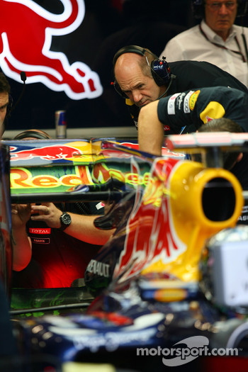 Adrian Newey, Red Bull Racing, Technical Operations Director looks at the back of the car