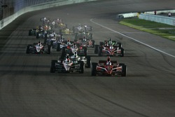 Dario Franchitti, Target Chip Ganassi Racing and Ryan Briscoe, Team Penske lead the restart