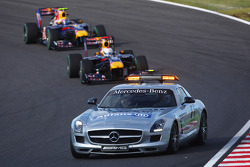 Safety car on track after the start crash