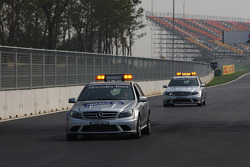 Medical car on the circuit