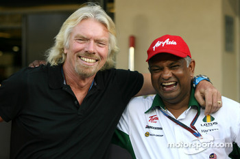 Sir Richard Branson, Virgin Group CEO, Tony Fernandes, Lotus F1 Team follow up their wager at the start of the season